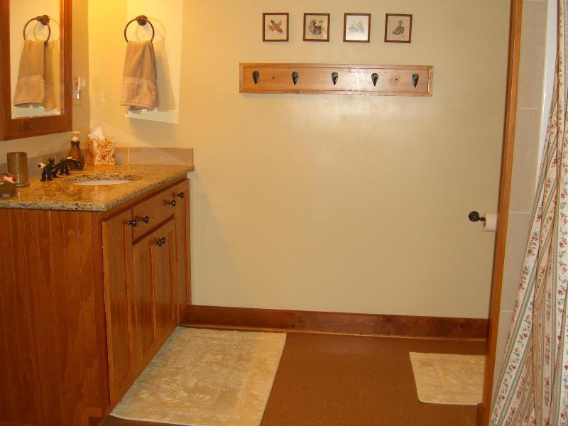 Pine on-suite bathroom