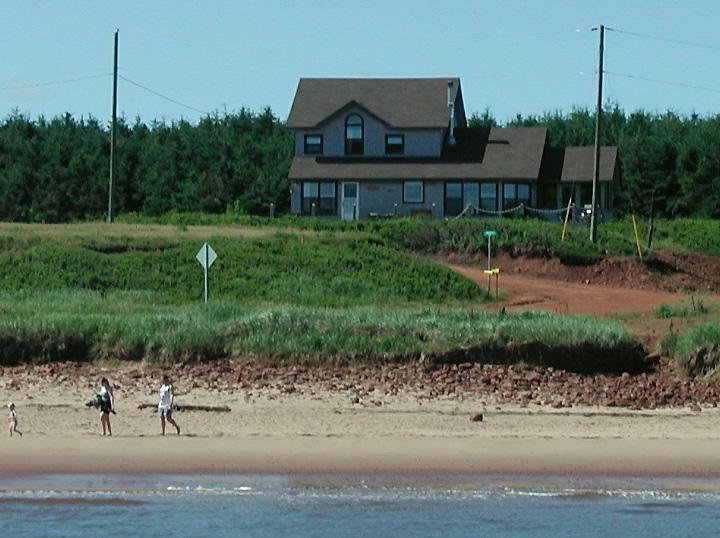 Marcelay Beach House - Prince Edward Island, holiday rental in Saint Margarets