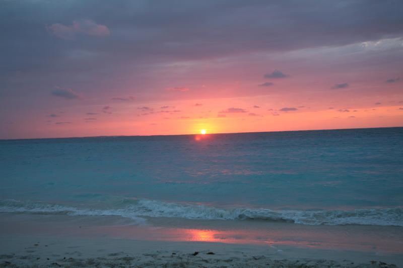 Atardecer en la playa Pelícano