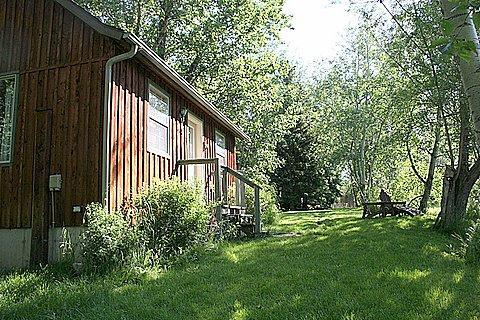 Deep Creek Guest Cabin, location de vacances à Livingston