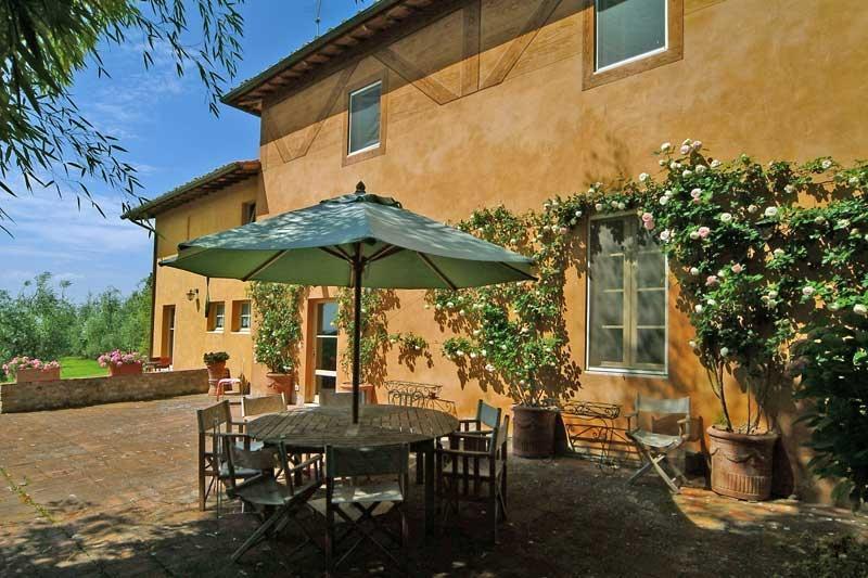 Chianti Estate - Scuola Piccola Villa to rent near siena - Chianti, vacation and, holiday rental in San Gusme