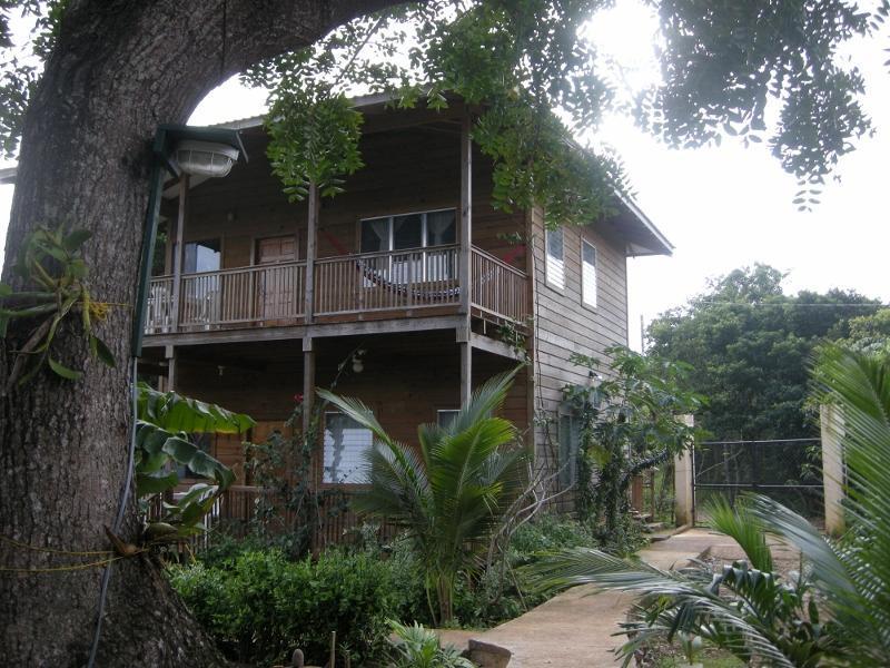 Chez Milady Apartments, location de vacances à Bay Islands