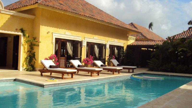 More pool... private retreat