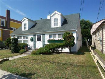 One Block to Beach 106358, holiday rental in Cape May