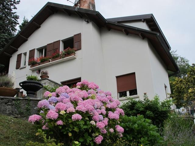 Romantic, Comfortable Lake Como Villa, Lake Views, vacation rental in Magreglio