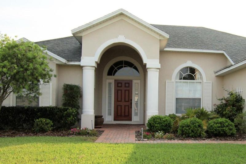 Luxury Pool Villa in Tuscan Ridge, near to Orlando attraction and golf courses
