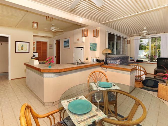 La cocina y el comedor en el Harbor View