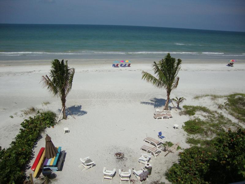 Zona spiaggia per tutti gli ospiti dei bungalow