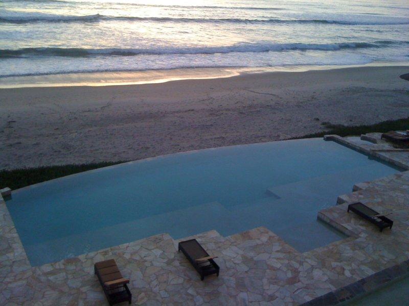 Balcon vue piscine