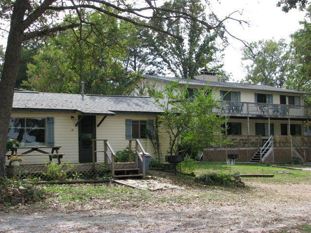 Lake Cottage #14