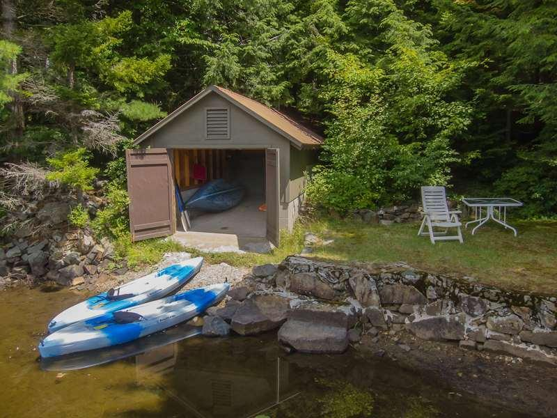 Boathouse with 4 Kayaks, Canoe, Lake Floats and Life Preservers