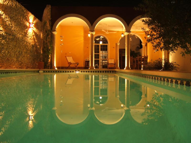 Quiet home with pool close to Plaza Grande, holiday rental in Acanceh