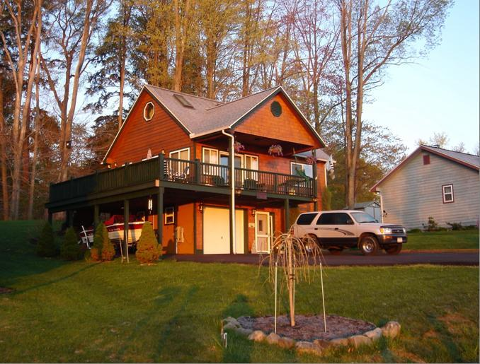 Chautauqua Lake Vacation Home., holiday rental in Maple Springs
