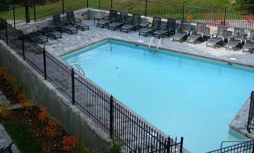 Outdoor Pool & Patio (Summer Only)