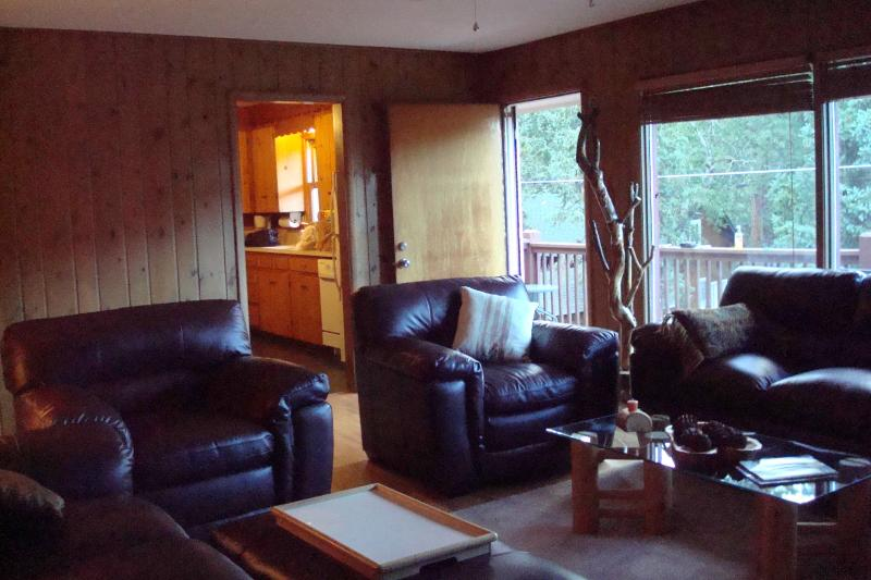 LIVING ROOM IS FURNISHED WITH 2 BRNAD NEW SETS OF LEATHER FURNITURE