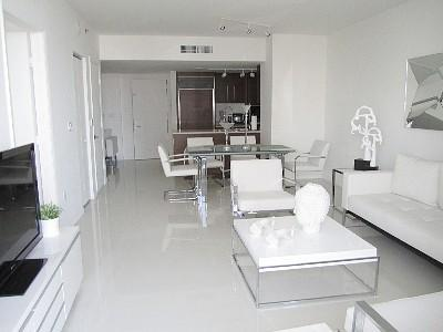 Living Room/Dinning Room/Kitchen