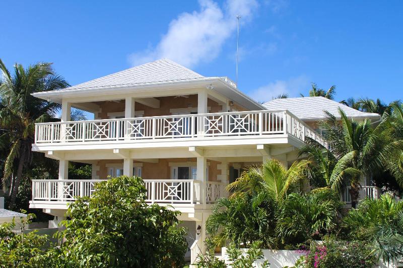 Casa Del Mar, holiday rental in Harbour Island
