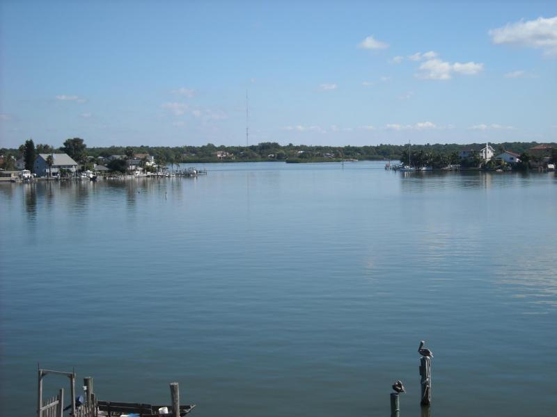 Morning tje van Boca Ciega Bay, uitzicht vanaf master bedroom