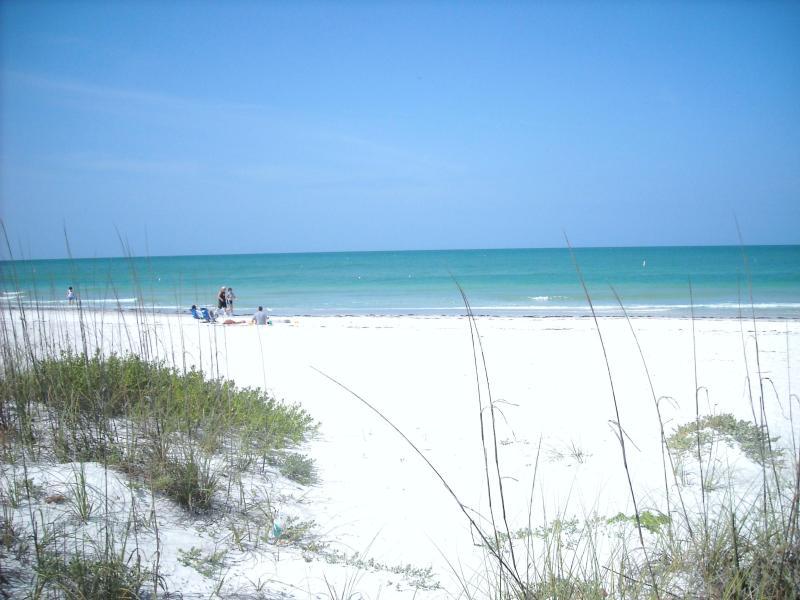 Magic of beach is a 3 minute walk