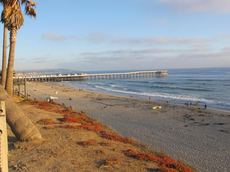 Morgen Blick auf Strand, das ist weniger als 1/2 block