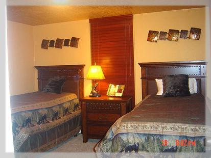 Chambre d'hôtes avec lits jumeaux XL et des draps de luxe