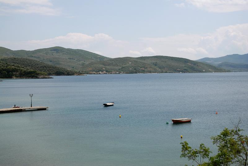 Horto: Eingabe des Dorfes, Blick von der Straße