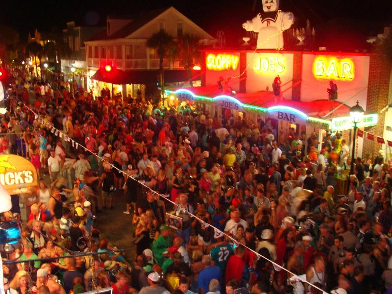 busy night on Duval Street