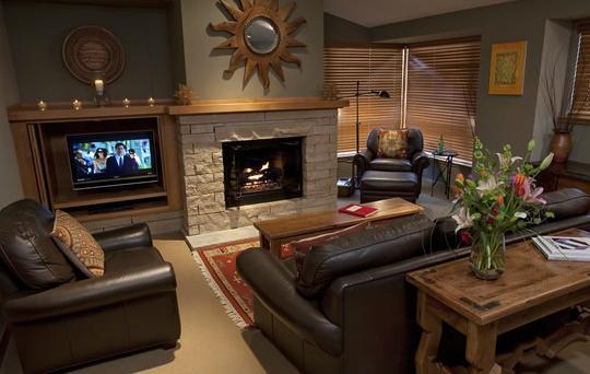 Taos Ski Valley Ski In/Out 2 Bedroom Condo, alquiler de vacaciones en Taos Ski Valley