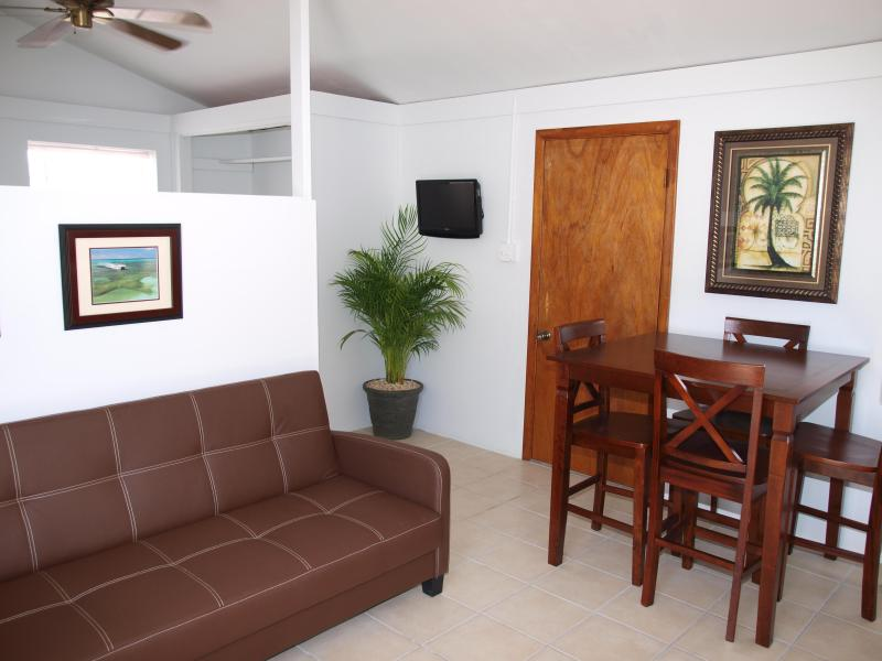 Clean, comfortable guest house for your Grand Turk vacation