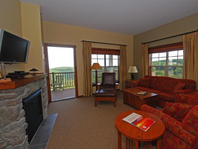 Soaring Eagle 405:  3 Bedroom, 2 Bath Penthouse.