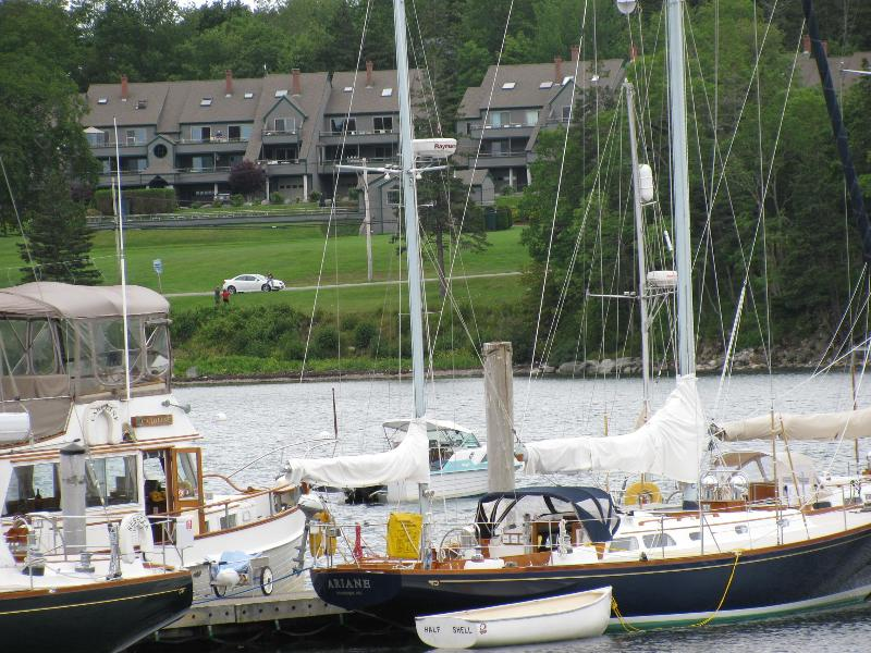 Outside view from Great Harbor Marina