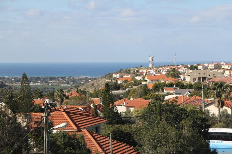 Magnificant Studio Sea View in Zichron Yaakov, location de vacances à Or Akiva