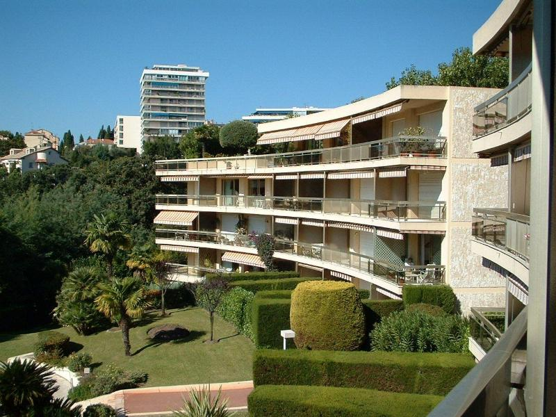 The apartment complex & gardens
