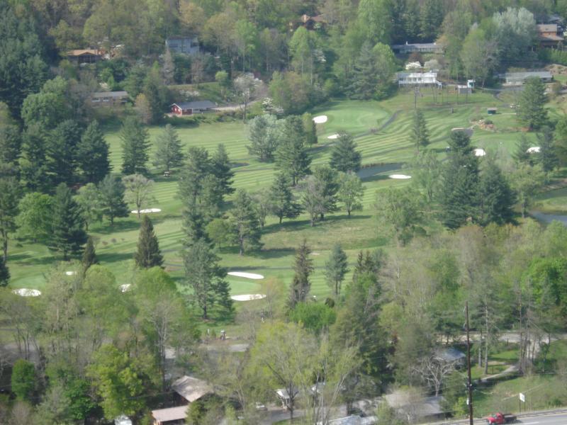 Vista dal ponte di golf