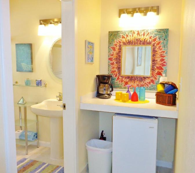The The 2nd Master Suite has a refrigerator and coffee/refreshment bar for your convenience.