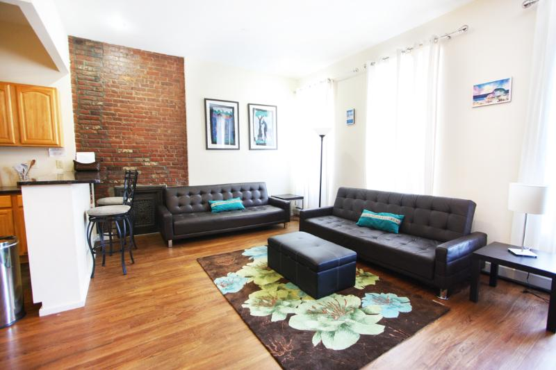 Fabulous 2 Bedroom Flat in NYC!