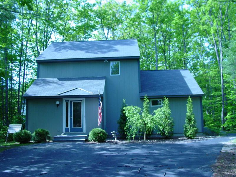 Immaculate Family Retreat, holiday rental in North Conway