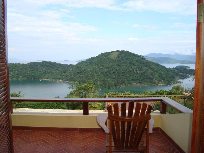 4 bedroom house in Paraty with marvelous view, holiday rental in Paraty