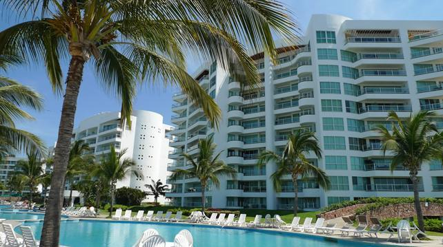 R&A Mayan Island condo & Grand Mayan Membership, vacation rental in Nuevo Vallarta