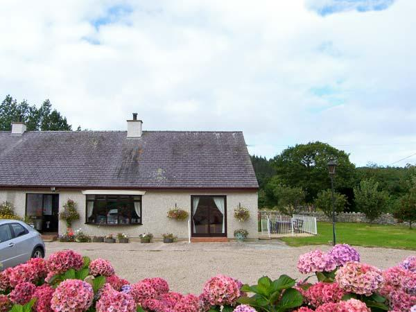 LLYS NEWYDD, terrific cottage, set in Beaumaris golf course, all ground floor, aluguéis de temporada em Llangoed