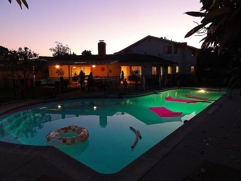 Gorgeous 6 Bedroom Disneyland House with Huge Pool UPDATED