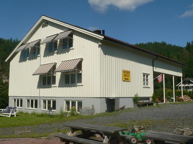 Cozy holiday apartments in southern Norway  !!!, holiday rental in Drangedal