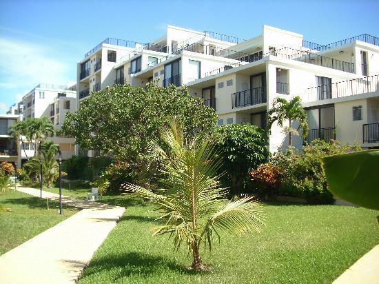 Coral beach courtyard