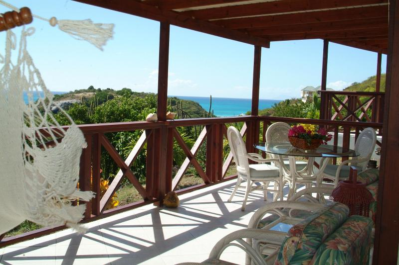 Stoneyhill Studio Apartments. Reduced Rates, casa vacanza a Saint Mary's