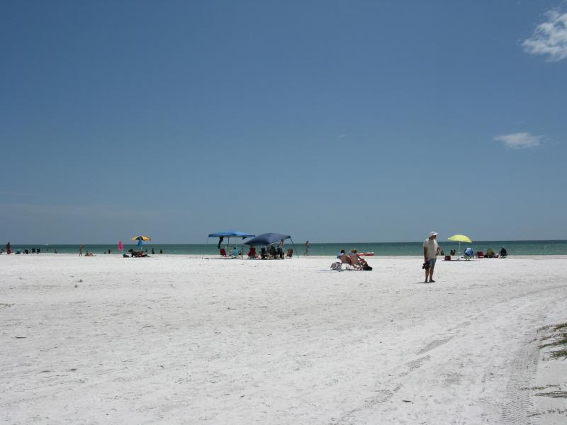 Miles of powder white sand Fort Myers Beach Bay Village 2 BR condo