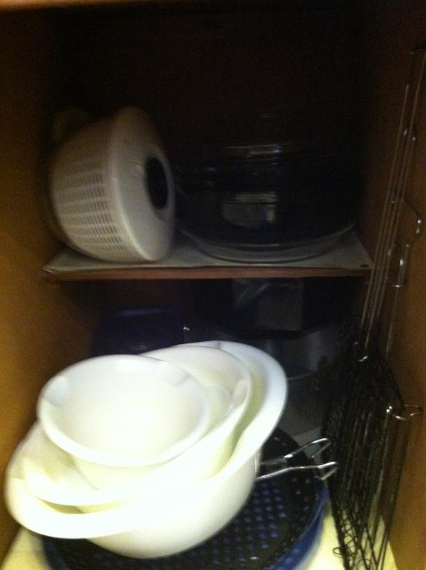 Mixing bowls, serving bowls, salad spinner!