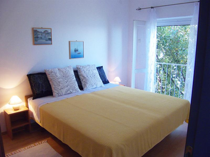 Villa Greta - 3 Bedroom Beachfront Villa - Croatia, location de vacances à Peljesac Peninsula