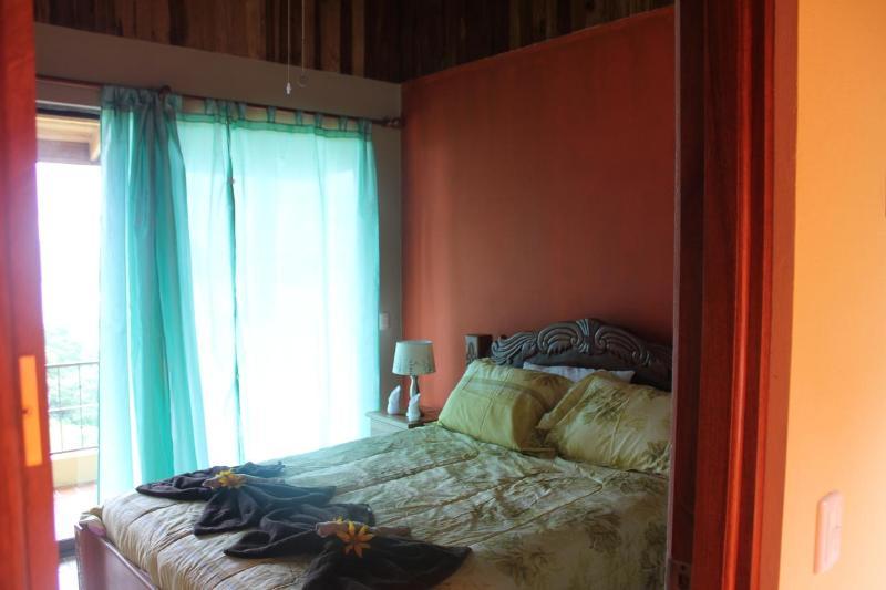 Toucan gäst sovrum