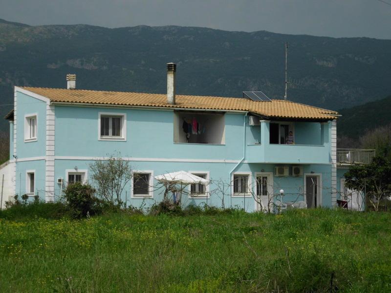 TOM'S HOUSE 3 Quiet Family House between Paleokastritsa n Dassia n Ipsos!, holiday rental in Skripero