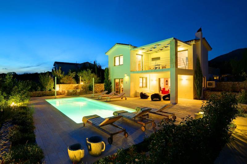 Ideales Resort villa Corali, casa vacanza a Karavadhos